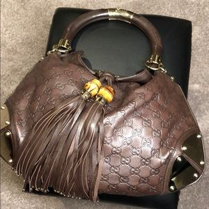 Gucci Purse Leather Material  Gold Plated Design